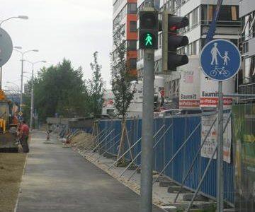 Semafor iba pre chodcov na cyklotrase