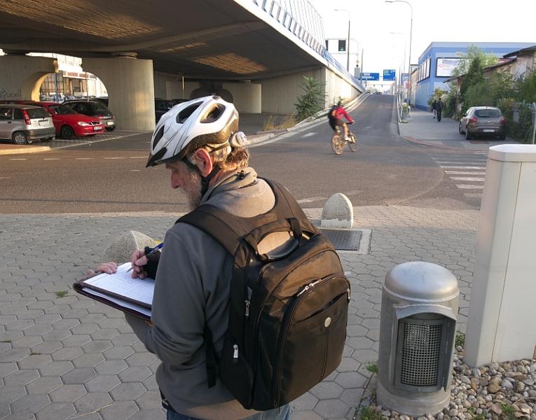 Sčítavanie cyklistov pod Mostom Apollo