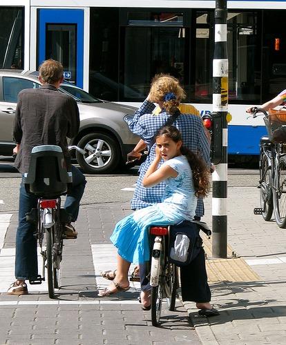 V lete na bicykli (zdroj: Amsterdamize.com)
