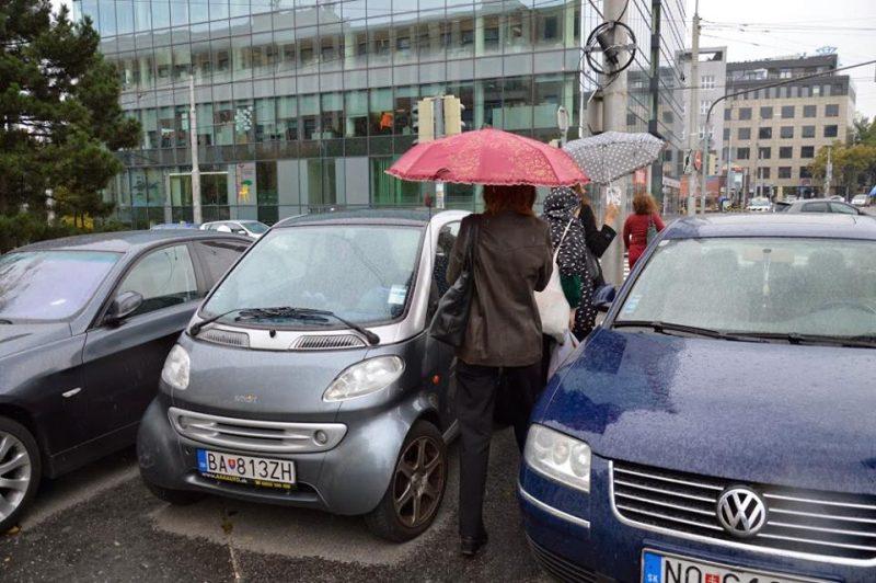 Každodenná realita chodcov v Bratislave