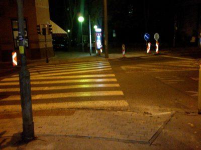 Bezbariérový priechod pre chodcov a čoskoro i cyklistov smerom na Sasinkovu cez Záhradnícku