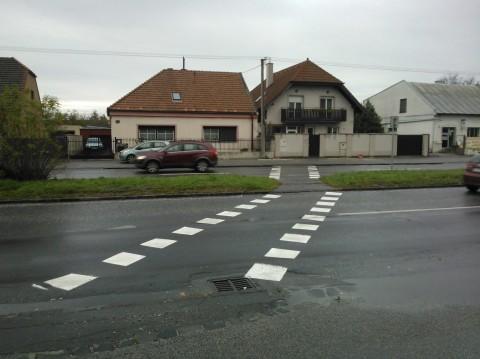 Obnovený priechod pre cyklistov na Račianskej v Krasňanoch