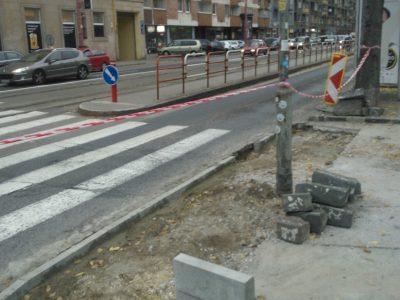 Stavba bezbariérového priechodu pre chodcov a cyklistov na Odborárskom nám.