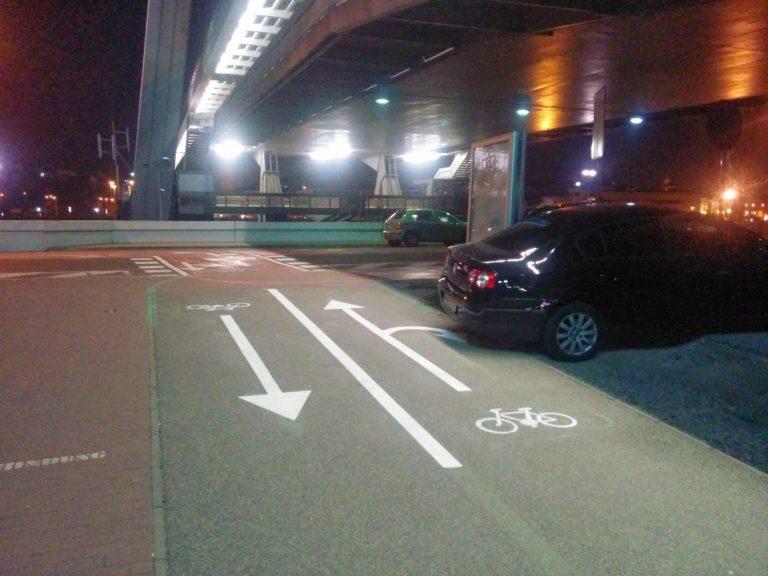Obnova vodorovného dopravného značenia pod Mostom SNP v Petržalke - smer Einsteinova