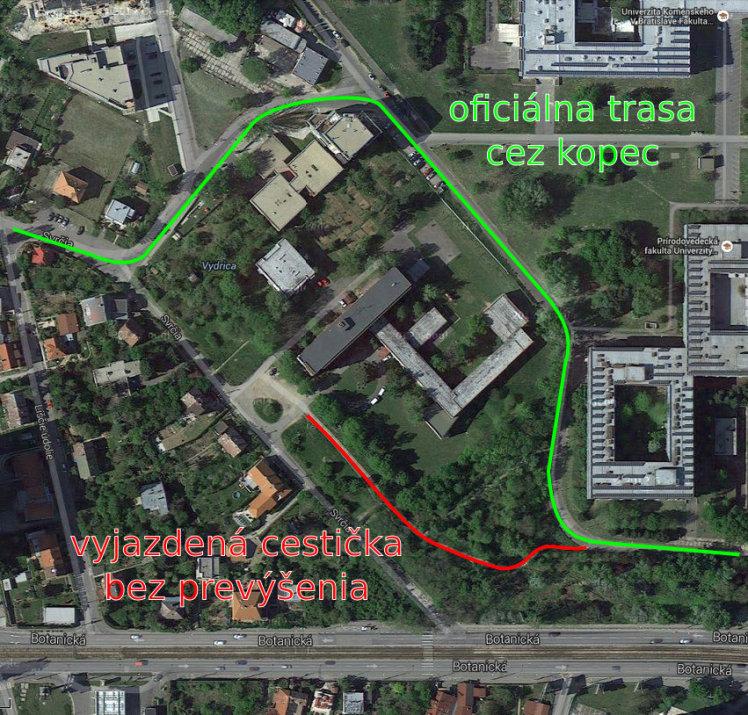 Zelenou trasou sa má jazdiť dnes, červenou je to kratšie a bez zbytočného stúpania. Podkladová mapa z Google Maps.