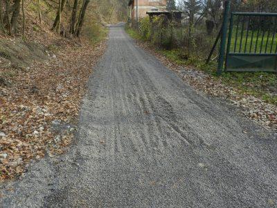 Nespevnená komunikácia bude robiť problémy najmä cestným bicyklom