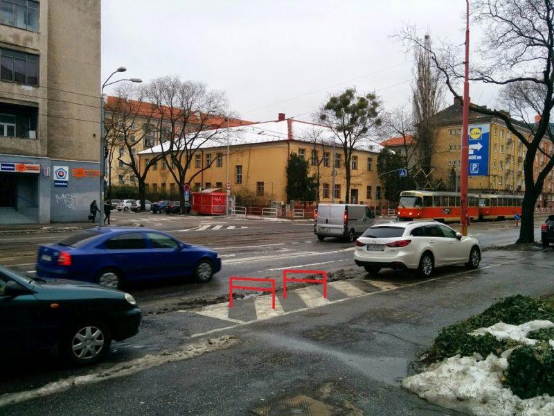 Návrh miesta na cyklostojany pred budovou polície Vajnorská 25