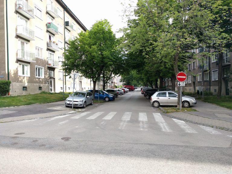 Sibírska od Kraskovej - umožnenie jazdy cyklistov v protismere