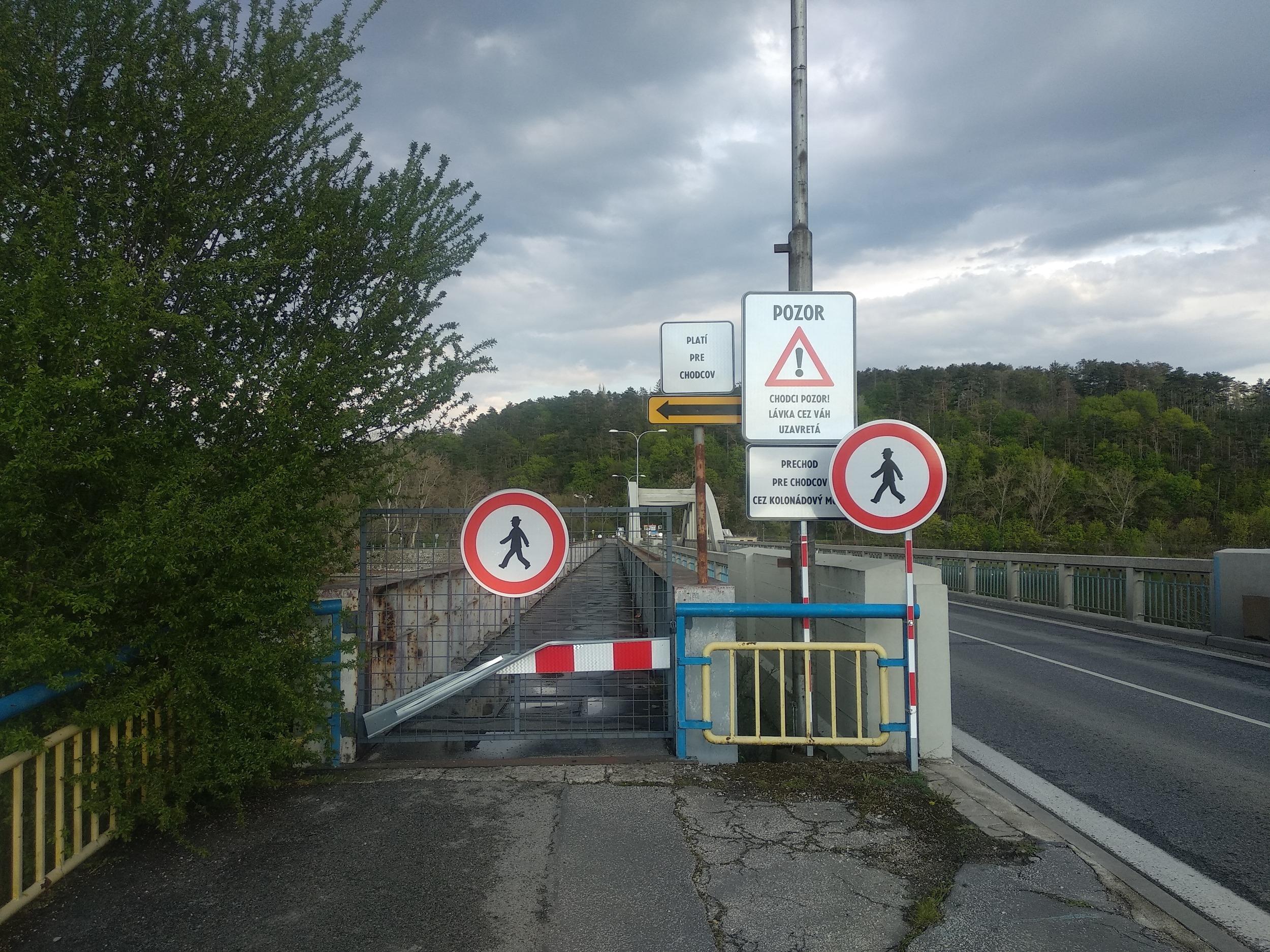 Krajinský most je cyklistov nebezpečný, žiadajú dočasné opatrenia (otvorený list)